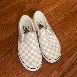 Tan checkerboard vans 💛
